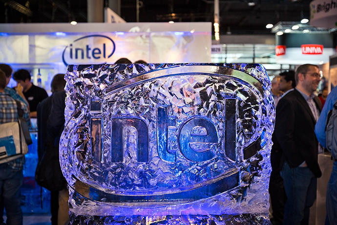 At 2016 ISC High Performance in Frankfurt, Germany, Intel will introduce and showcase a range of new technologies helping to fuel the path to deeper insight and HPC's next frontier. The event runs June 19 to 23. (Credit: Paul Günther, Photodesign/Intel Corporation)